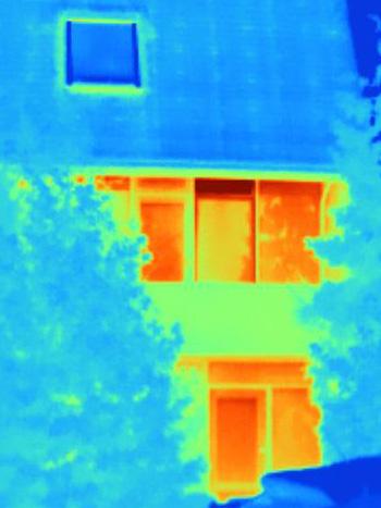 Jeroen's huis in infrarood beeld
